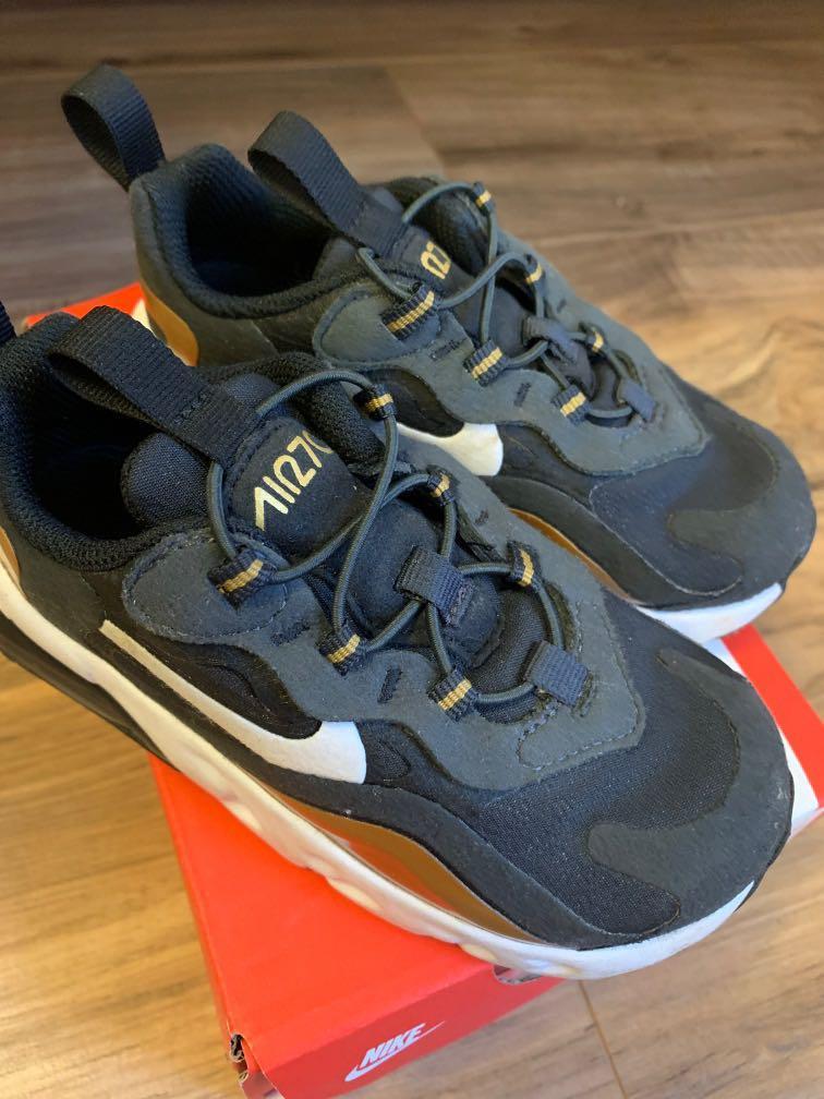 Unisex toddler Nike shoes