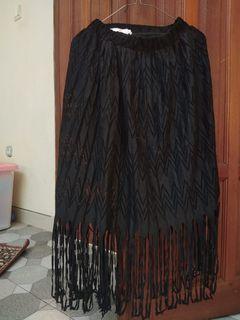 #bersihakhir Midi fringe skirt - rok rumbai - rok boho - rok Bohemian