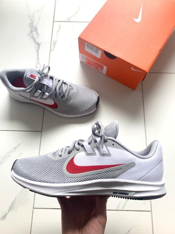 Nike | Downshifter 9 M7/W8.5