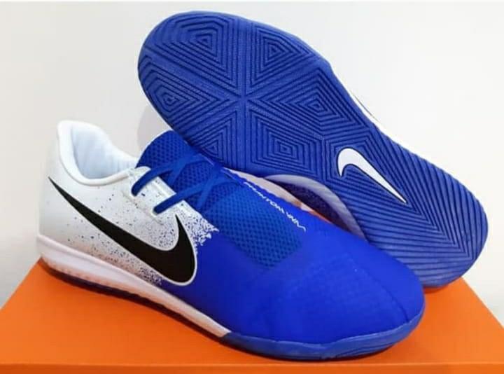 Sepatu Futsal  Nike phantom VNM