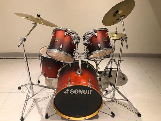 SONOR FULL SET DRUM BEST DEAL. 98% condition