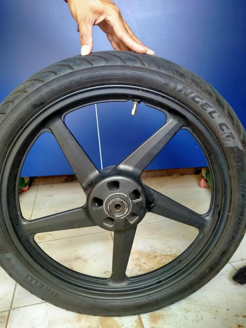 jual murah sepasang Velg ORI Ring 17 Yamaha Vixion ORI