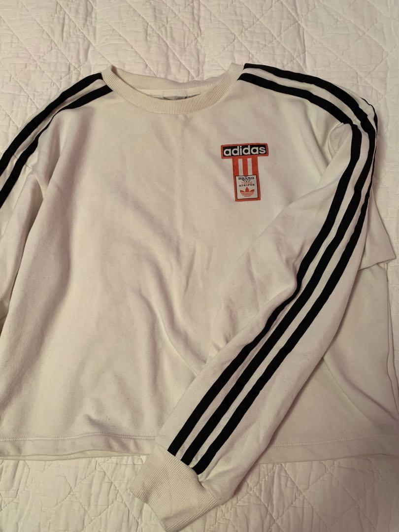 ADIDAS for urban outfitters longsleeve sweater size M