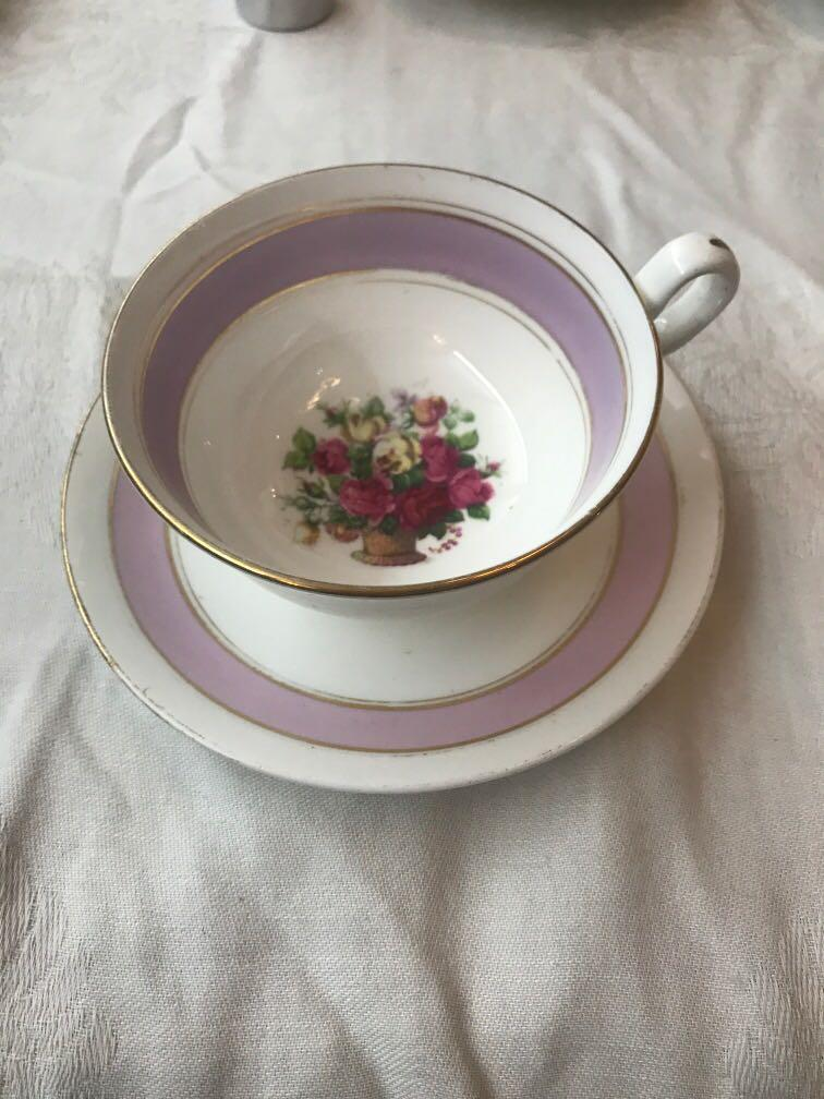 Adorable Chelson China with basket of roses!