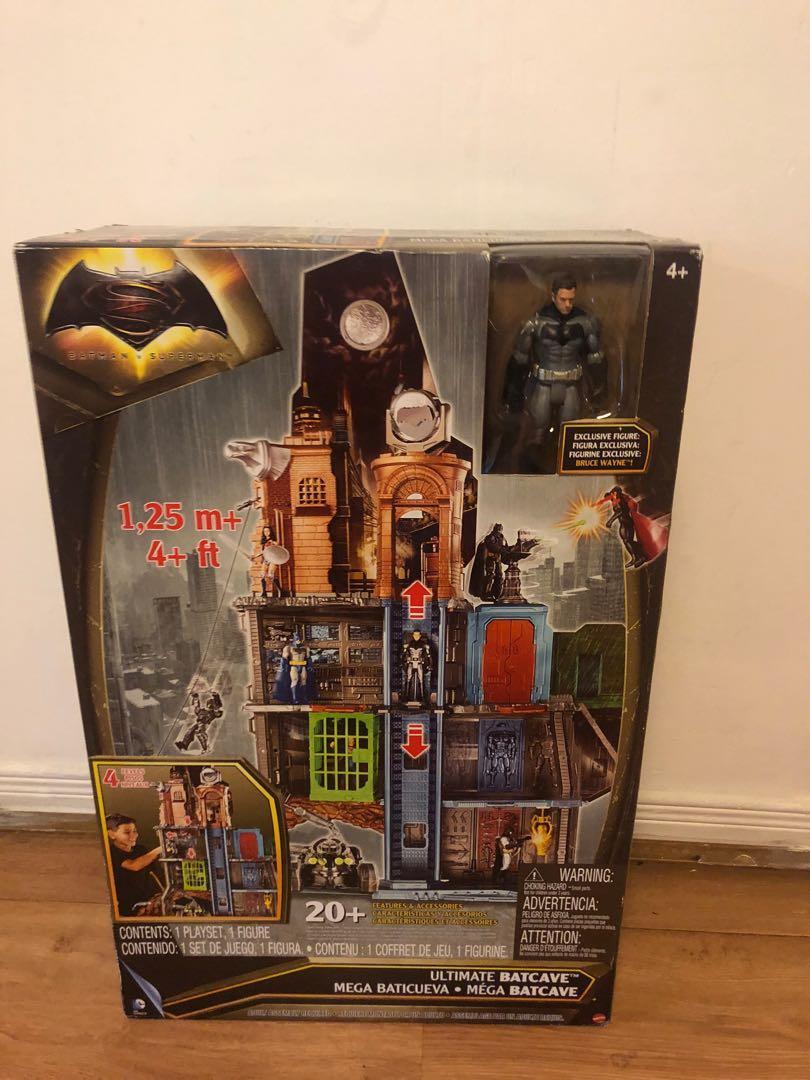 Batman v Superman: Dawn of Justice Batcave Playset