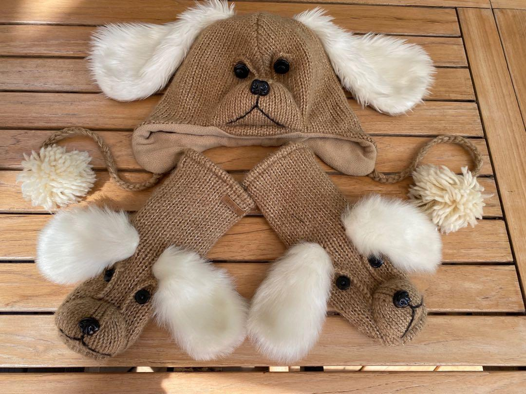 """BRAND NEW Cute high quality handmade doggie hat and matching mitts by """"DELUX""""purchased as a gift at """"TROVE"""""""
