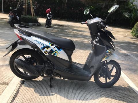 Honda Beat pop hitam putih 2016