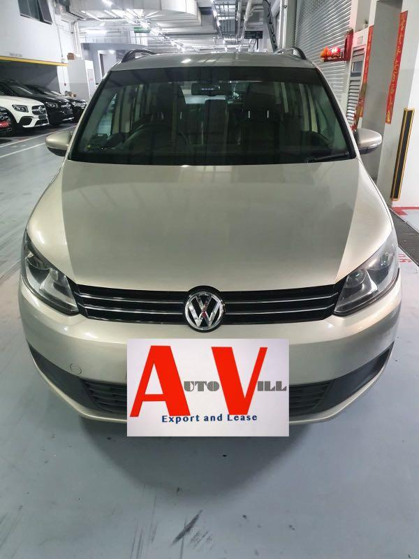 Car Rental- Volkswagen Touran