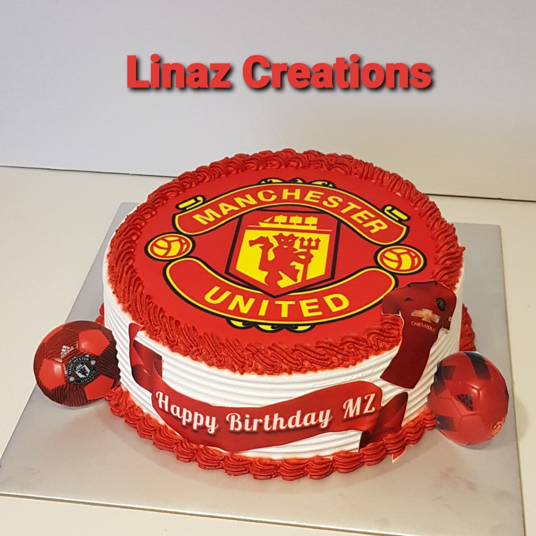 Customised Manchester United Cake Need A Customised Cakes Contact Us At 86069748 Lina 92704523 Naz Linazcreations Birthdaycake Food Drinks Baked Goods On Carousell