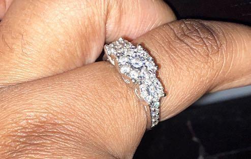 Diamond Ring (100% real diamonds)