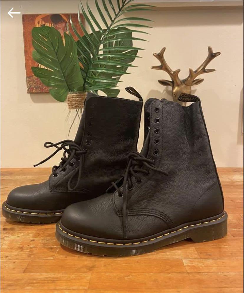 Dr Martens Doc Martens 1490 Virginia Leather Boots Shoes