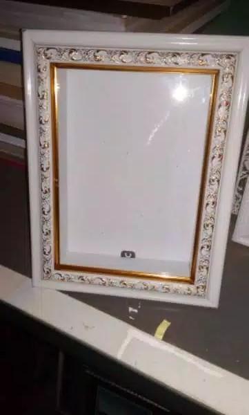 Frame Photo 3d untuk mahar 20x25 cm kedalaman 5cm putih ukir gold