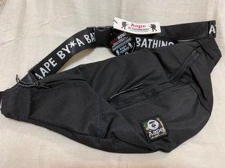 ORIGINAL Aape by Bathing Ape. Branded waistbag slingbag. BLACK. Full set. Baru NEW. Mulus.