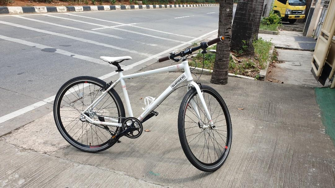 Polygon pave i3. Hybrid bike. Jrg ada. Super enteng