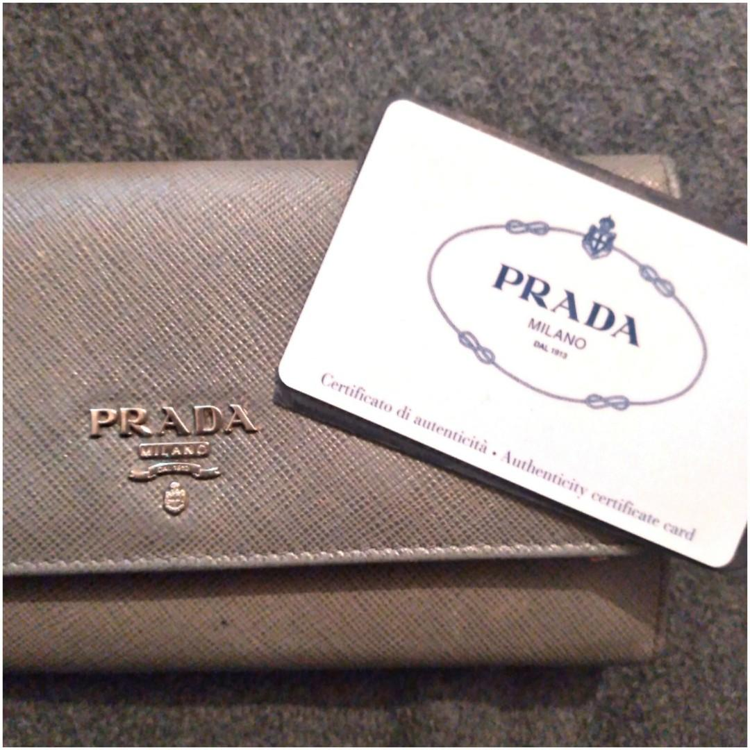 PRADA WALLET AUTHENTICATED