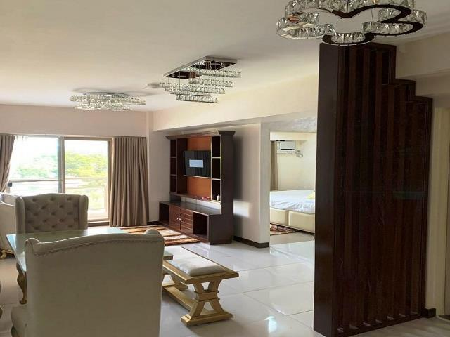For Rent: Fairways Terraces, Pasay City, 80.5sqm, 2BR for P75k