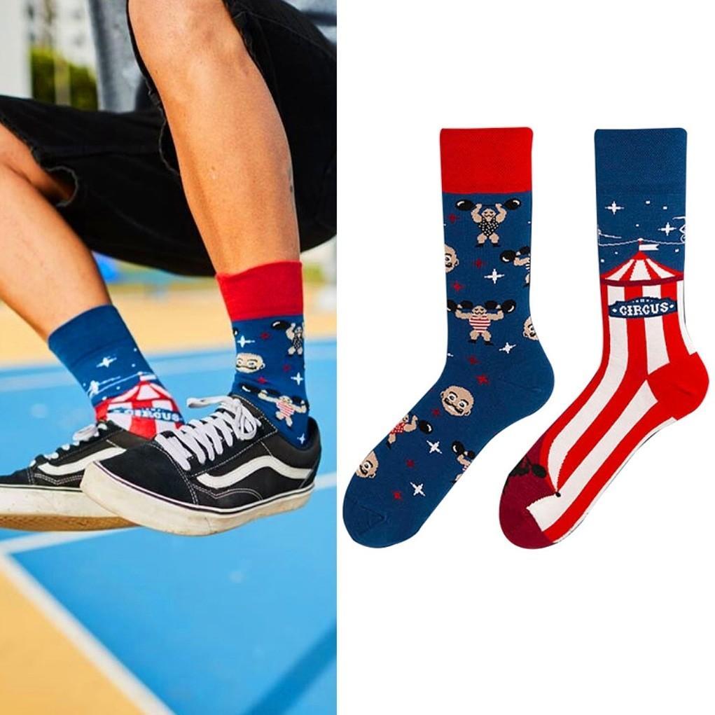 紅藍配襪子
