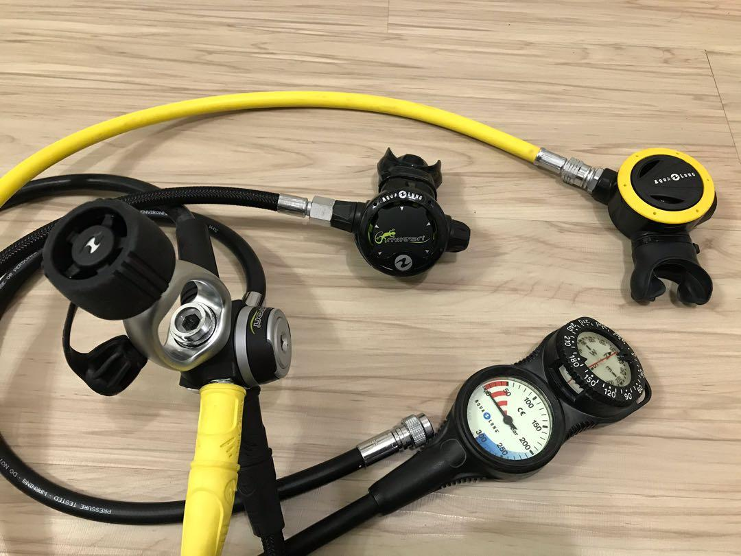 AQUA LUNG MIKRON (麥克隆) 綠 調節器組 AQUALUNG 二用錶 9成新 潛水調節器
