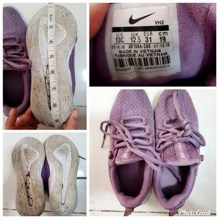 Authentic Nike girls rubber shoes