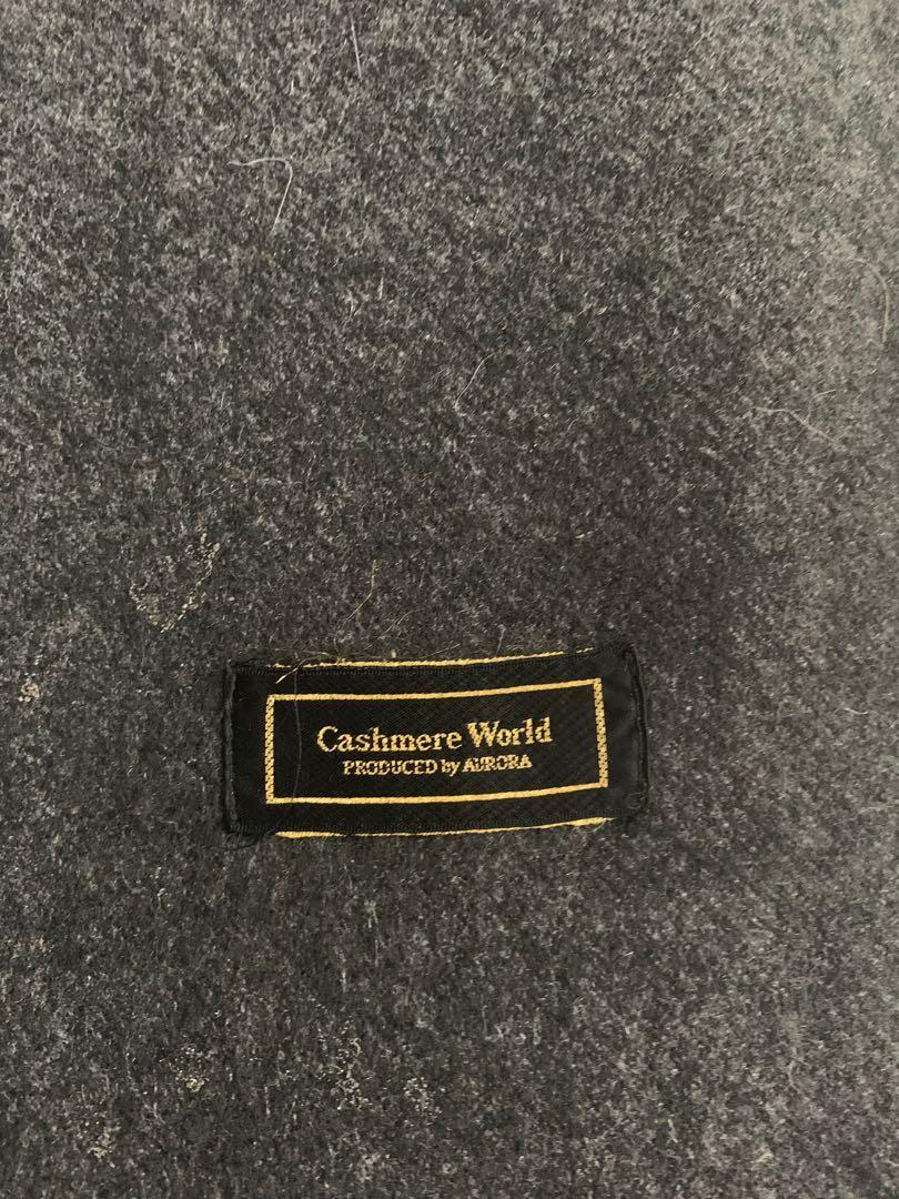 Cashmere world scarf