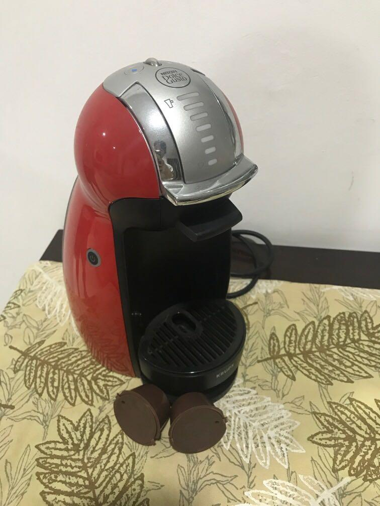 Dolce gusto genio 1 ( free 4 reuseable capsule )