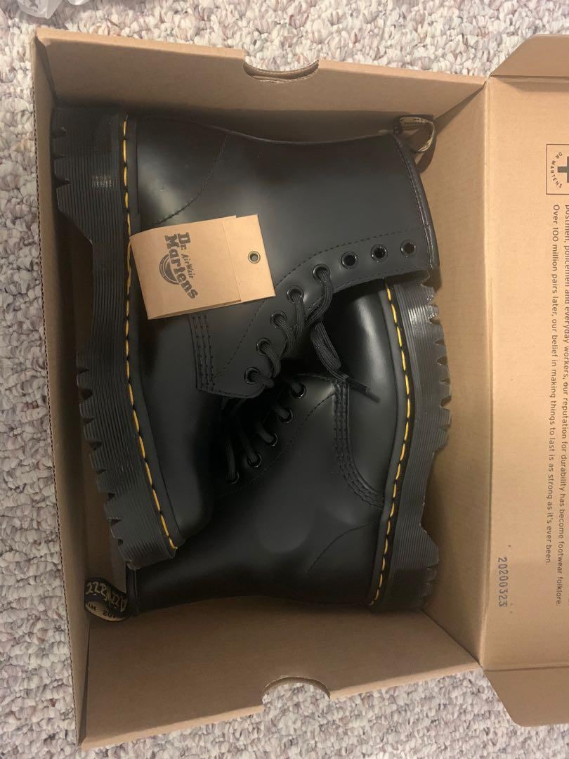 Dr. Marten 1640 Bex 8-Eye Smooth Black US6/EU37