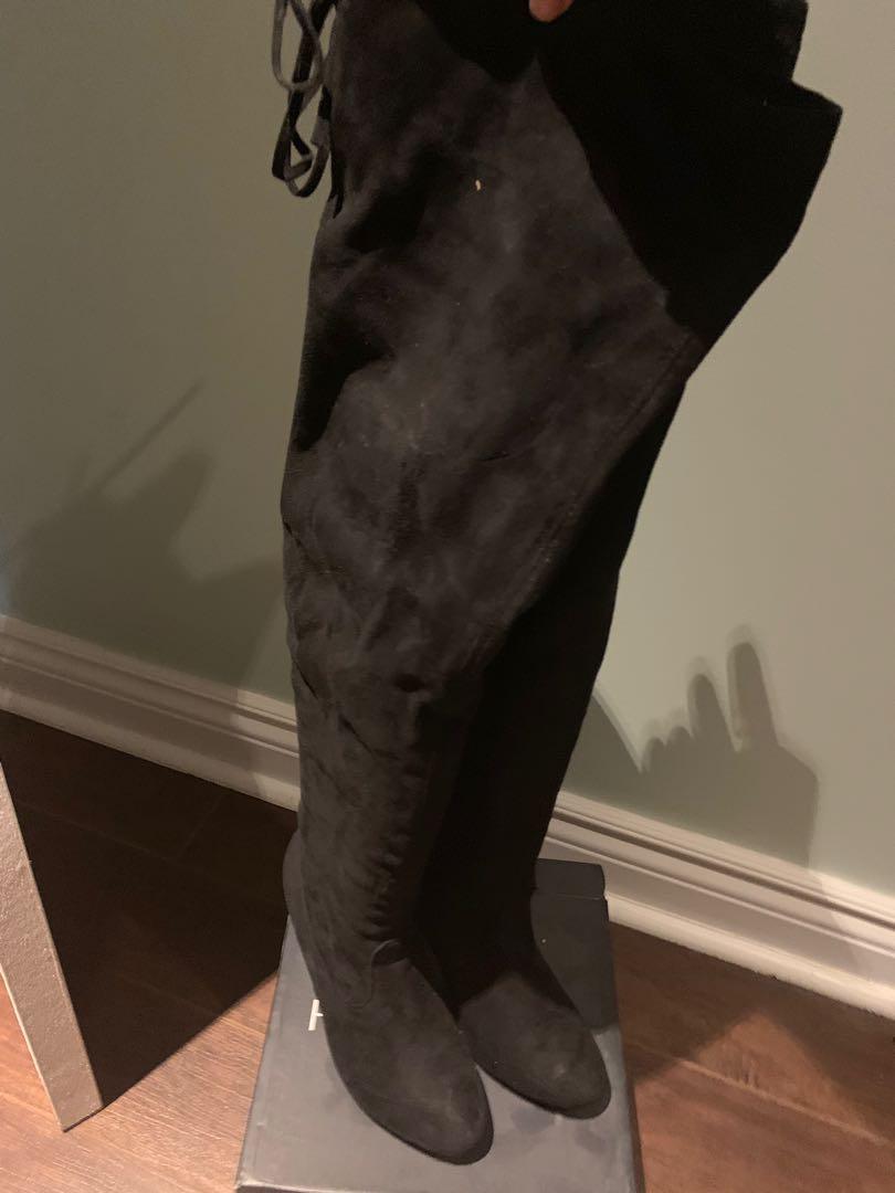 FashionNova Keent otk boot. Size 9.