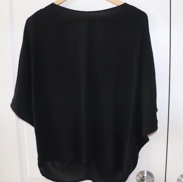 Guess blouse size xs