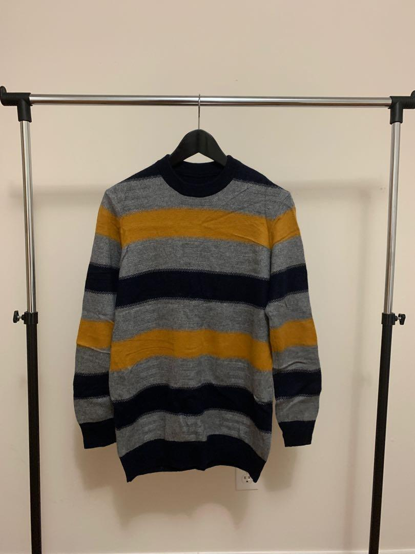 Vintage 100% wool soft sweater