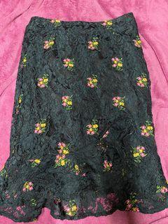 Zara及膝蕾絲花裙