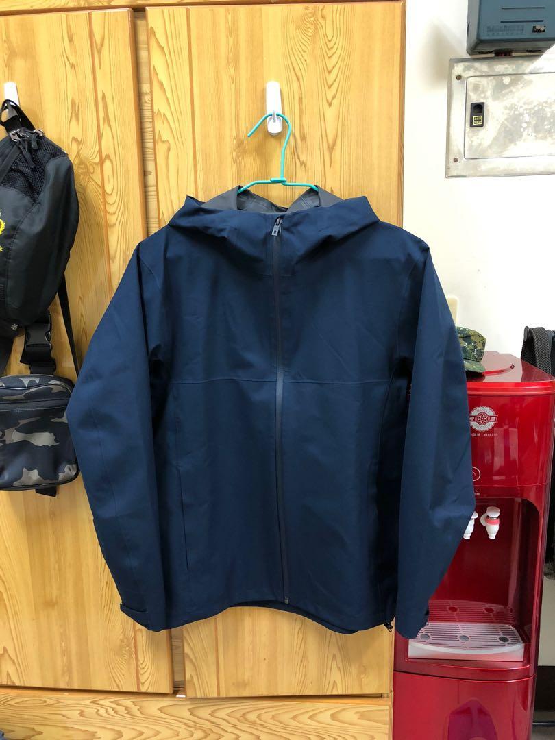 多功能防風防雨外套