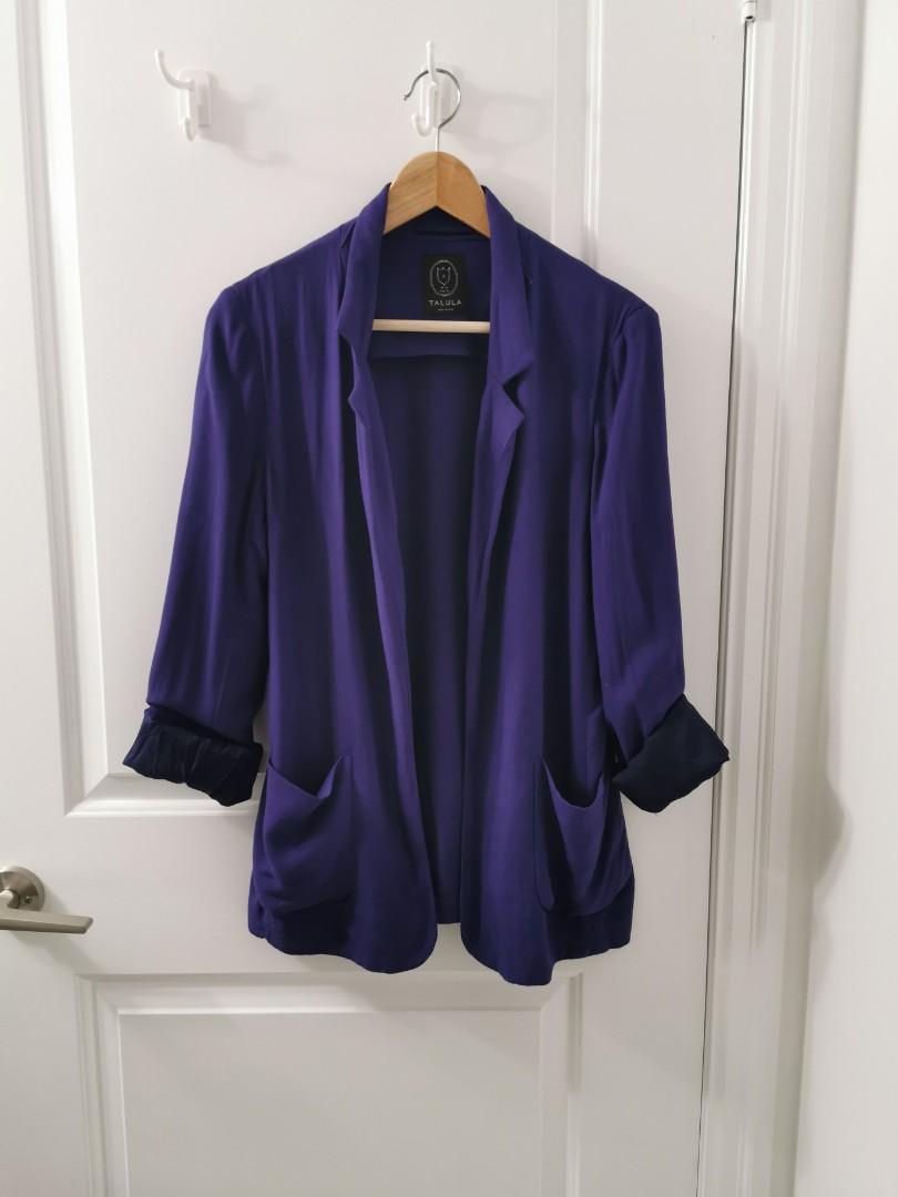 Aritzia Kent blazer size 8 in purple
