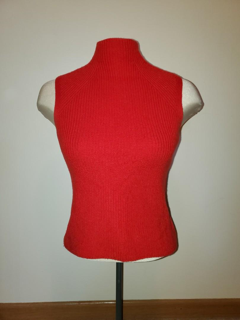 Aritzia Wilfred Turtleneck Sleeveless Sweater