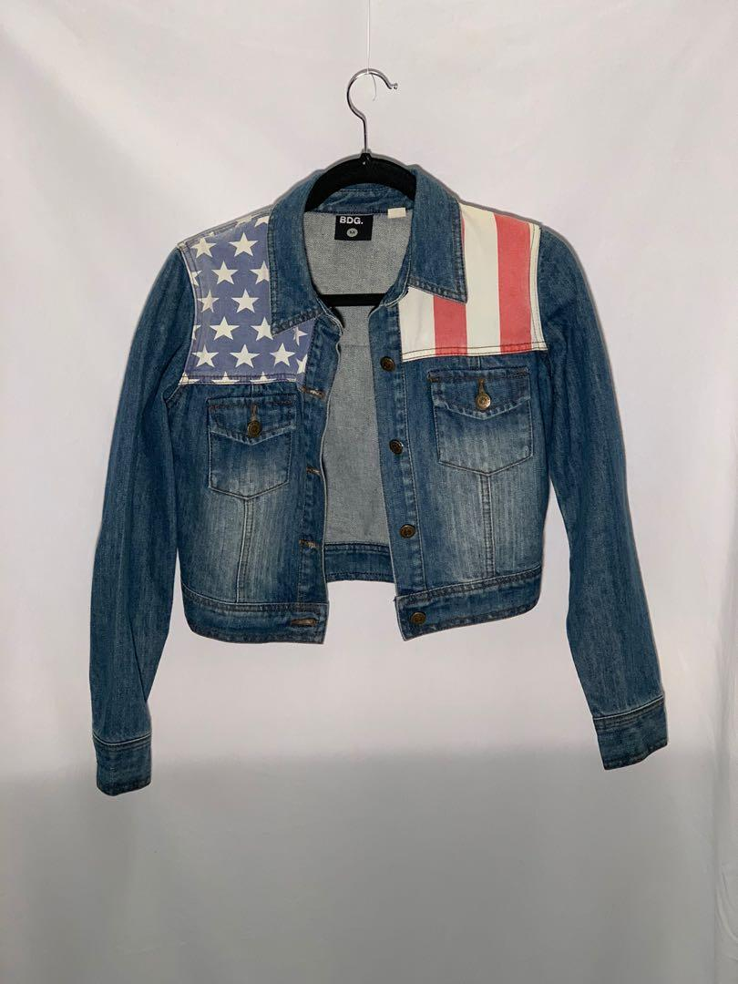 BDG (Urban Outfitters) cropped denim jacket - size M - lightly worn