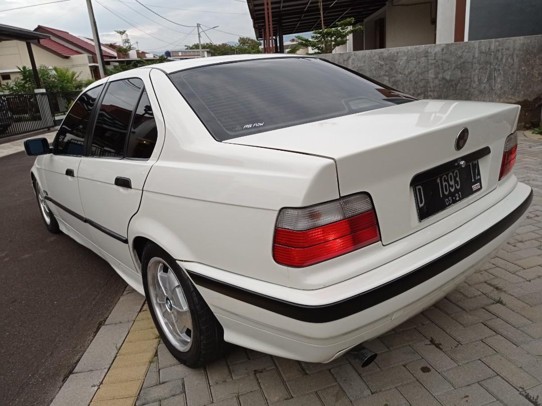 BMW 94