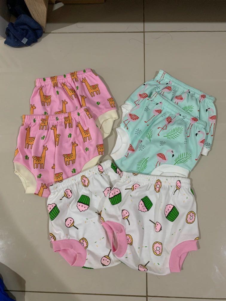 Celana pendek bayi 0-3 bulan