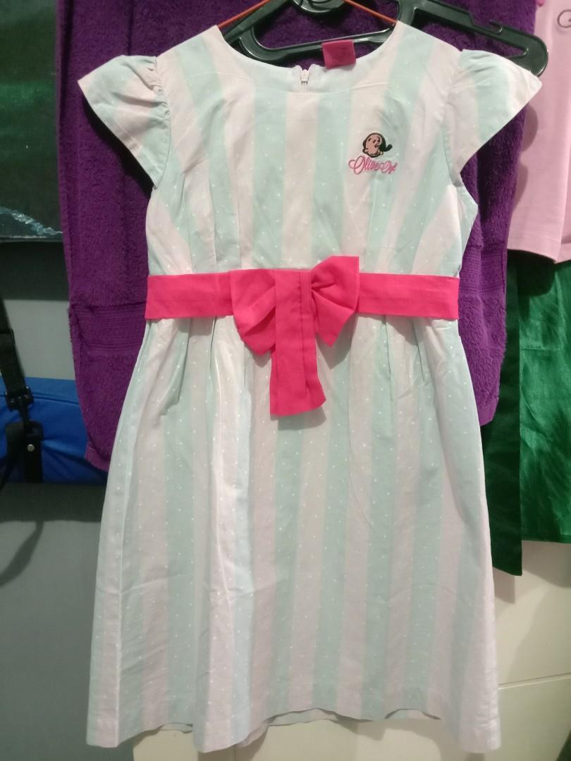 Dress Anak Bekas masih baru bahan halus ,LD 74 cm