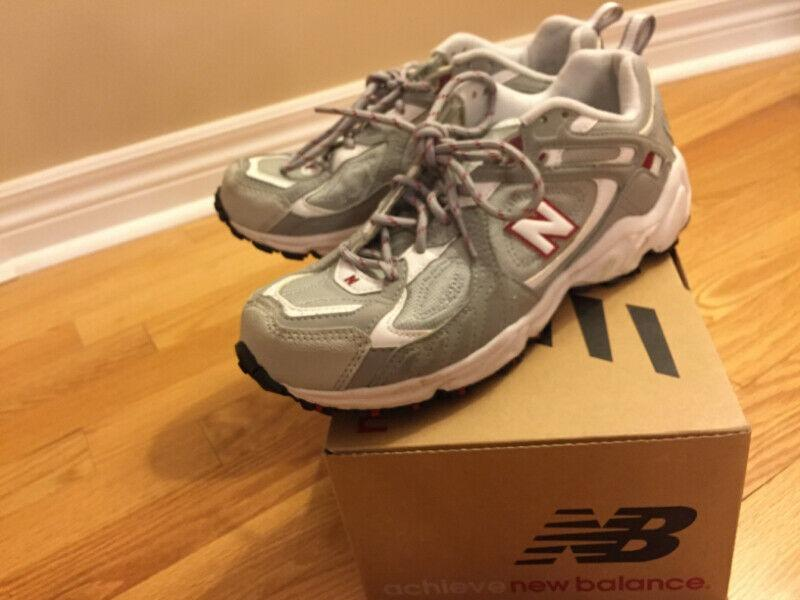 New Balance Classic Sports Shoes - Women/Size 9