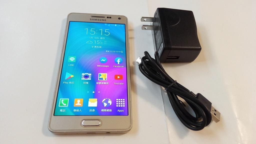 <二手良品螢幕無刮傷>Samsung A5 5吋 1300萬相機 安卓5 2G/16G 4GLTE 功能正常只要1200