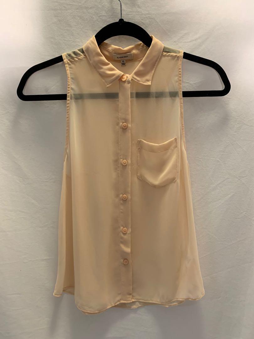 Sunday Best (Aritzia) button up collar blouse - size xs - like new