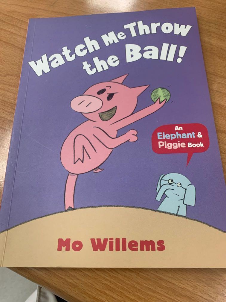 二手 英文童書 watch me throw the ball 大象與小豬系列