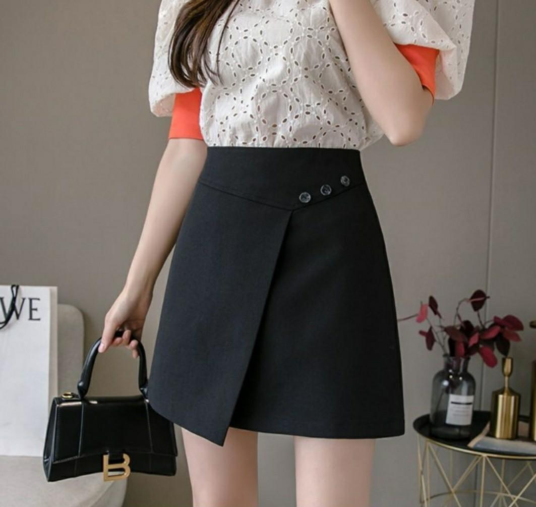 Buttoned Wrap A-Line Mini Skirt