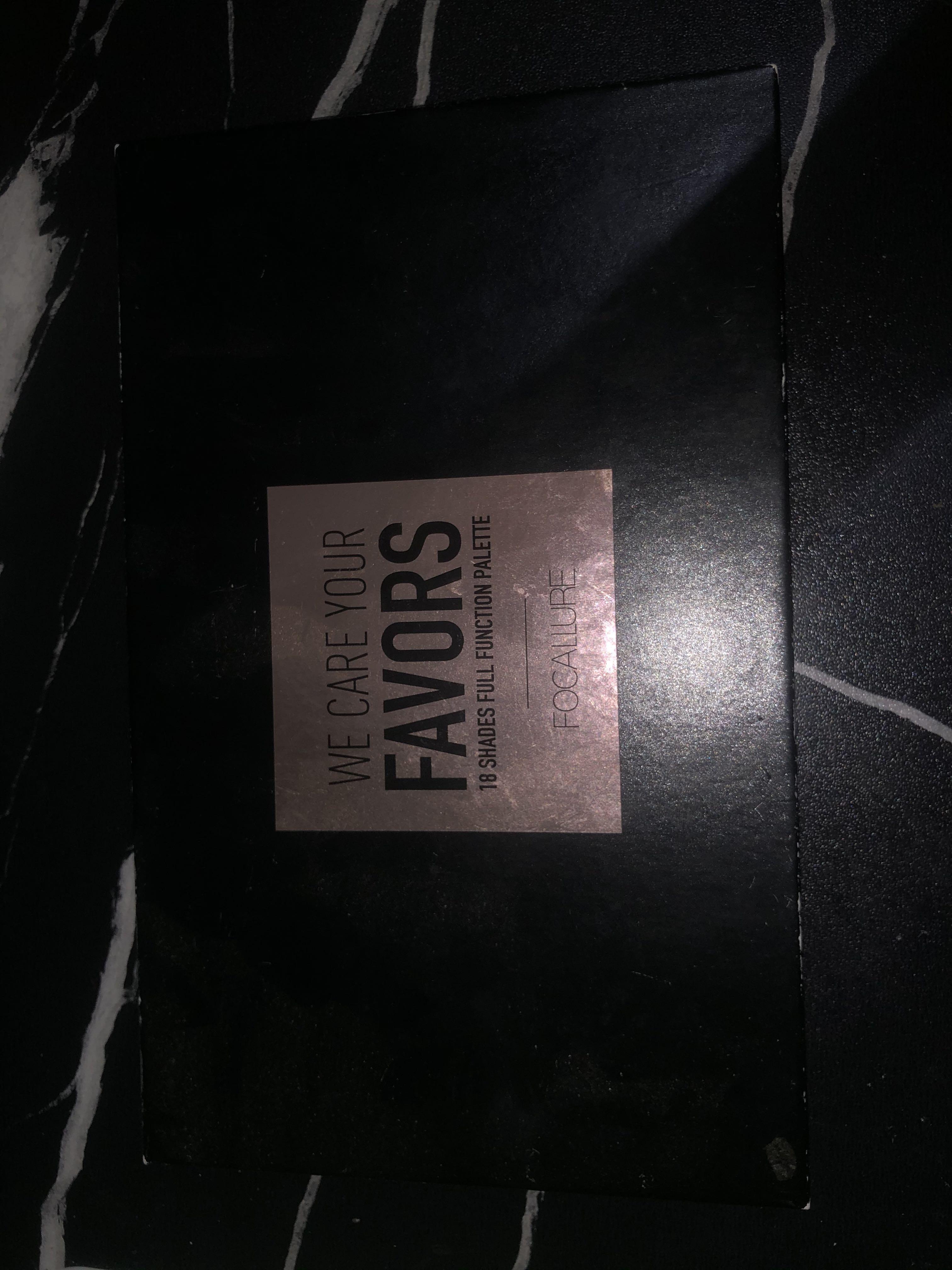 FOCALLURE FAVORS 18 shades