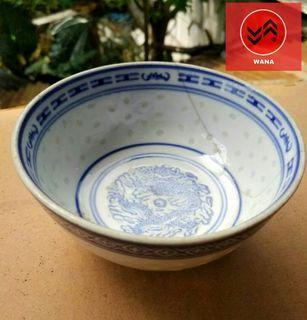 "Porcelain Antik Biru Putih Buatan Zhongguo (China) Jingdezen Dengan Tanda ""Made In China"" 1983 Gambar Naga ❤❤❤"