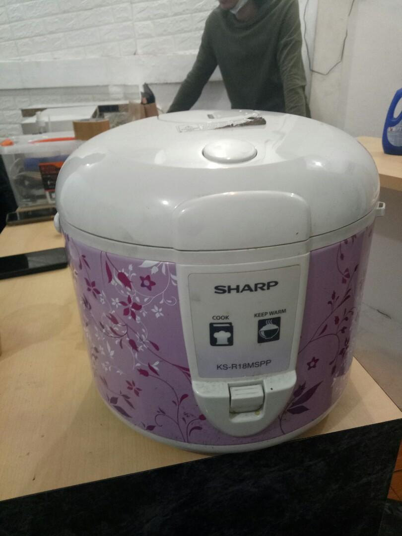 Rice cooker sharp 1.8L