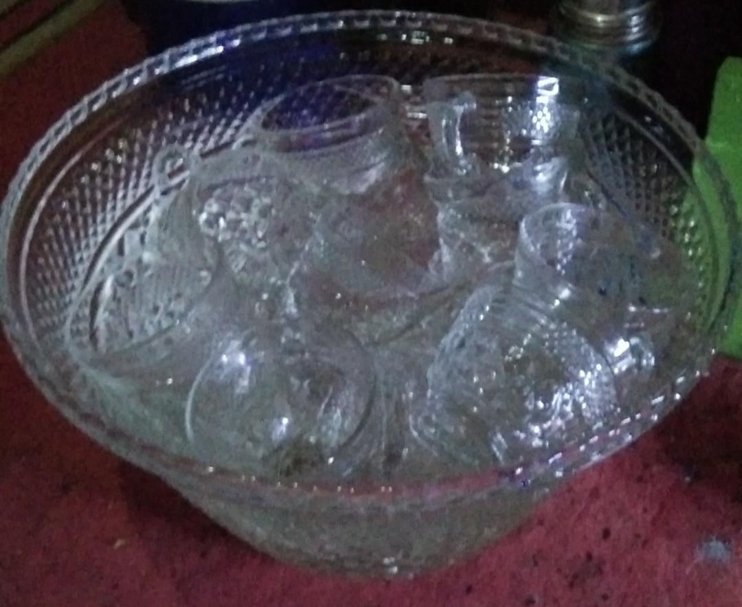 satu set mangkuk buah