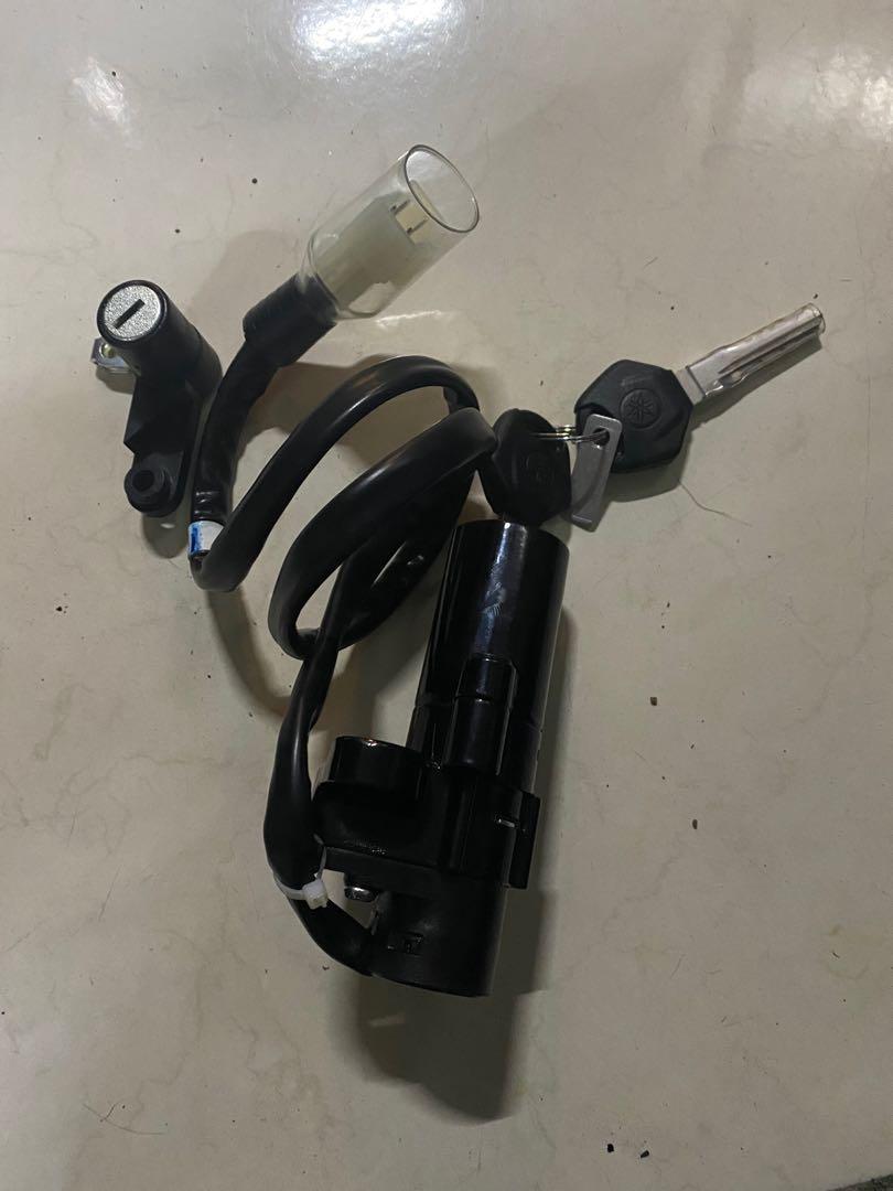 Yamaha R3 03鎖頭+鑰匙(不含油箱蓋)