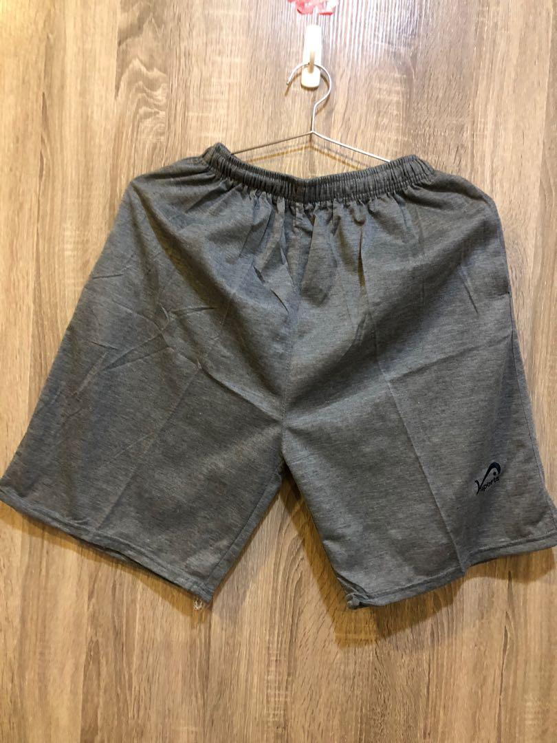 全新 休閒短褲 夏天款 有口袋 無彈性 偏薄