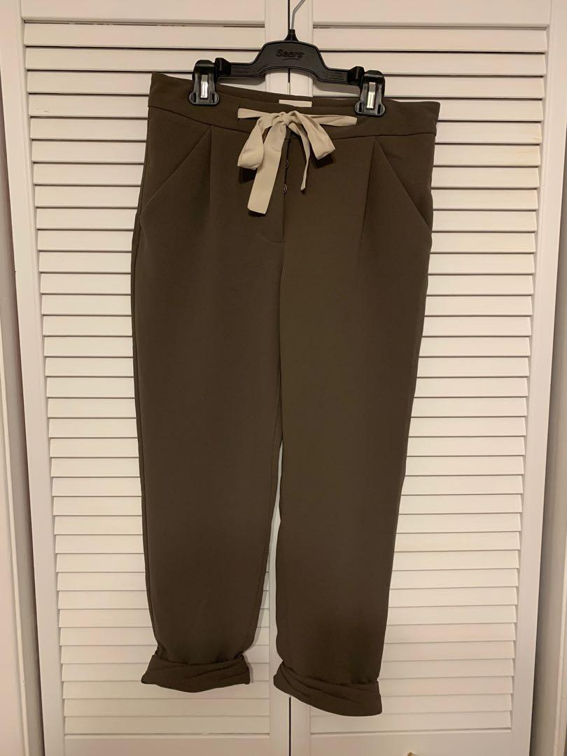 Aritzia cropped pant, size 0