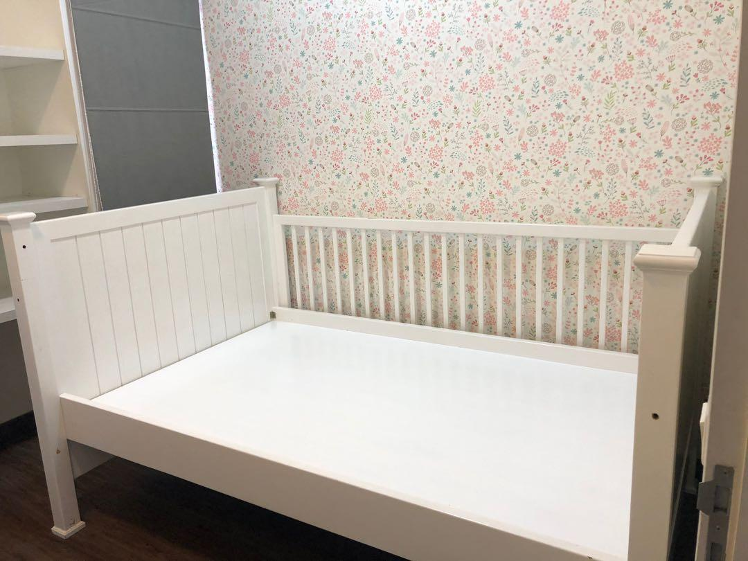 Nursery Bed Frame , size 120x200cm good condition